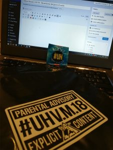 #UrbanHeroes VM18 - Il manuale nella sua busta nera e il gadget (a tema) rilasciato ai preorder